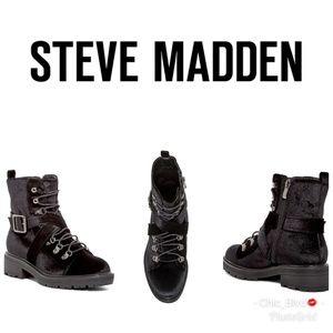 🆕️ Steve Madden Velvet Cross Strap Mid Boot